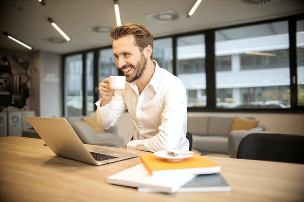 The Significance of Mobile and E-Learning in The Modern Workplace
