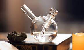 Quality Of Glass Bongs And How Much Price In Canada